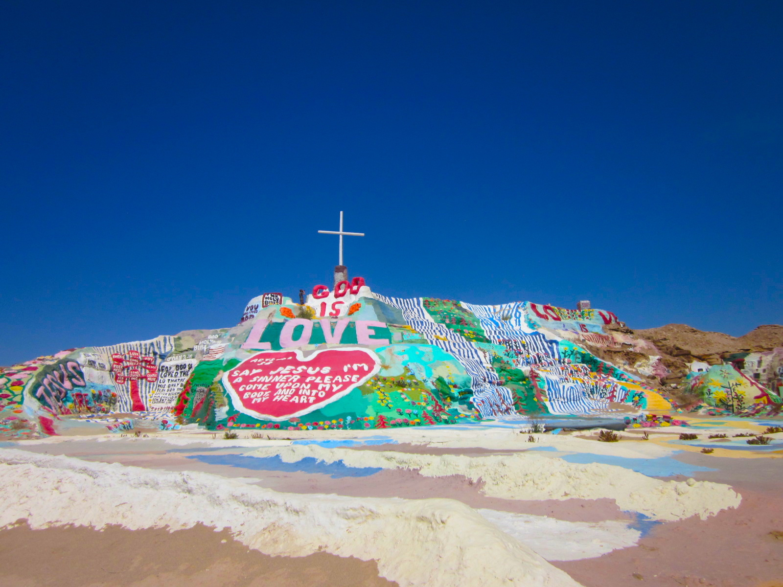 salvationmountain11